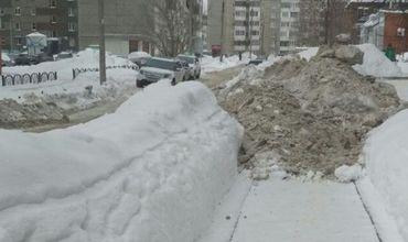 Жителей Кишинева призывают не парковаться на обочинах дорог и тротуарах