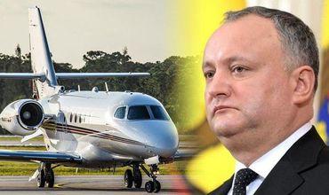 Додон рассказал, почему власти не перекрыли аэропорт и как найдут украденный миллиард