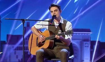 """Парень исполнил знаменитую песню """"Крестный отец"""" на сицилийском языке."""