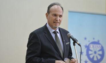 Румынский посол Даниел Ионицэ.