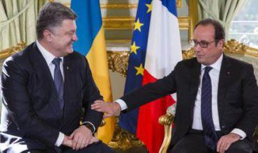Президент Украины Петр Порошенко пригласил лидера Франции Франсуа Олланда.
