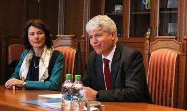 Швейцария призывает Молдову сформировать правительство для граждан.