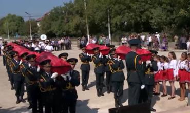 В Молдове с воинскими почестями перезахоронили останки 68 советских солдат