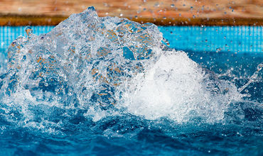 В Бодруме продолжает работать бассейн, в котором пострадала девочка.