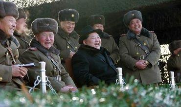 Ким Чен Ын регулярно производит запуски ракет.