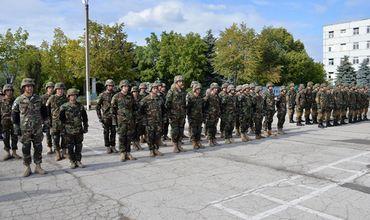 В учениях принимают участие около 1 800 военных из 14 стран.