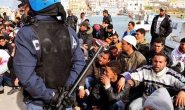 Австрия может ввести чрезвычайный режим из-за беженцев.