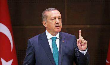 Источник: Эрдоган хочет подчинить себе армию и разведку