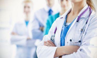 До конца марта все медицинские работники в санитарно-медицинских учреждениях Кишинева будут носить фиолетовые ленточки в знак солидарности. Фото: dpchas.com.ua.