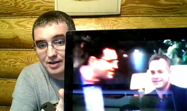 Усатый показал видео, как Плахотнюк поздравлял его с днем рождения.
