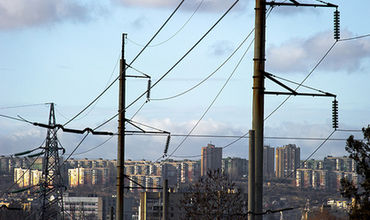 Весь Крым остался без света и сотовой связи.