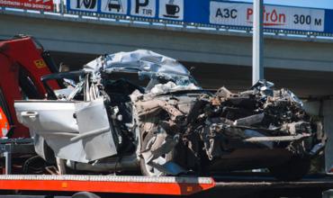 По предварительным данным, в Chevrolet ехали граждане Молдовы.