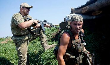 Обе стороны конфликта в Донбассе нарушают перемирие.