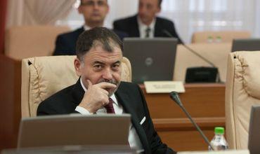Шалару ответил Нэстасе: Не я накрыл платком цимбалы евроинтеграции