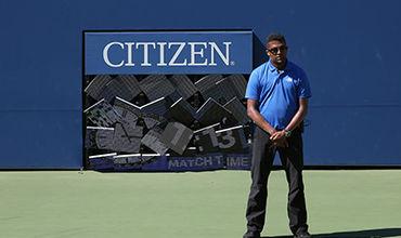 На французского теннисиста во время матча упало табло