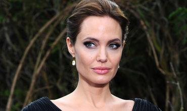 Американская актриса Анджелина Джоли.