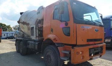 В Оргеевском районе бетономешалка врезалась в грузовик