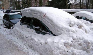 Сильный снегопад привел к отмене сдачи экзамена на автовождение в Кишиневе.