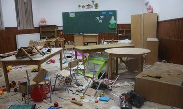 В Румынии трое детей за 3 часа разрушили большую часть школьных классов