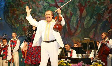 Maestrul Nicolae Botgros a fost distins cu Medalie de aur. Foto: traditiiobiceiuri.blogspot.com
