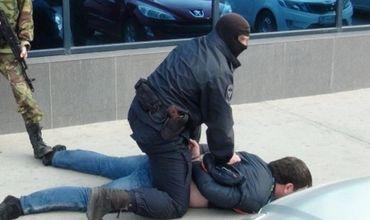 Мужчину разыскивали как члена группировки, которая на севере Италии обворовывала автомобили и автобусы.
