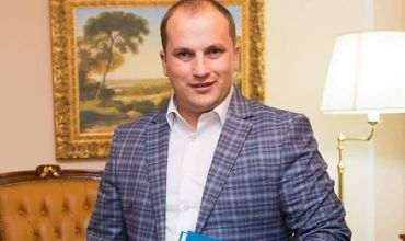 Гламурный адвокат Валериан Мынзат проведет за решеткой девять лет.