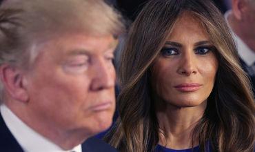 Дональд Трамп подогрел слухи о разводе сухим поздравлением жены