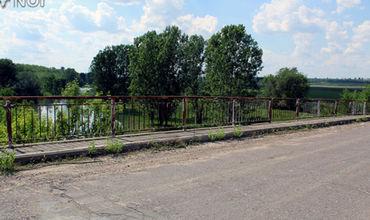 Начинается ремонт моста между Варницей и Гура Быкулуй