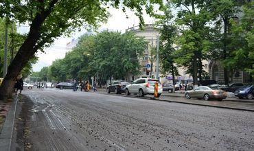 Движение транспорта по бульвару Штефан чел Маре частично перекроют на выходные