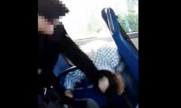 Автобусная компания уже принесла свои извинения, водителя отстранили от работы.
