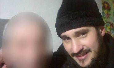Молдавский священник продолжил публиковать селфи с умирающими людьми.