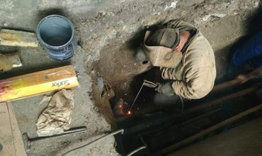 Работы по подготовке жилого фонда к холодному сезону продолжаются.