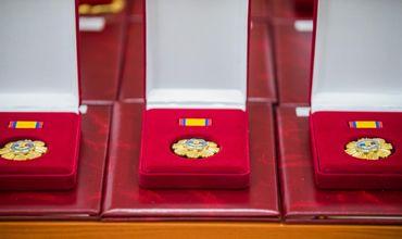Президентура хочет потратить полмиллиона леев на коробки для государственных наград