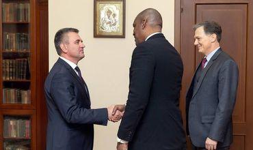 Лидер Приднестровья провел встречу с послом США в Молдове