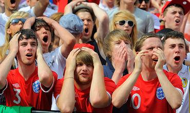 Сотни британских фанатов остались без чемпионата мира.
