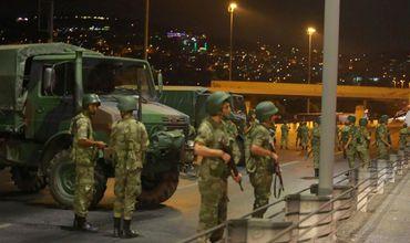 Полиция сообщила о 16 убитых организаторах переворота в Турции.
