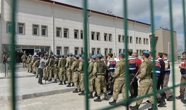 В Турции более 100 человек посадили в тюрьму за участие в перевороте.