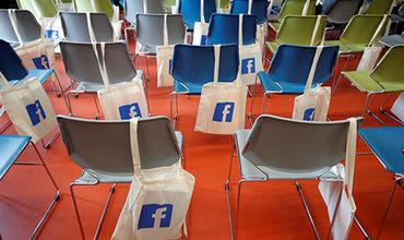 Стал известен список собираемых Facebook данных о пользователях.