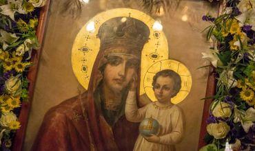 """В преддверии Сретения Господня в столичный кафедральный собор привозят икону Божией Матери, именуемую """"Призри на смирение""""."""