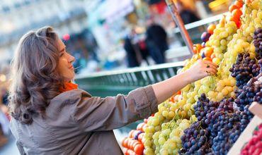 Главный герой фруктового сектора на бельцких рынках — виноград.