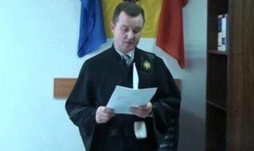 Судья, обвиняемый в незаконном обогащении, преследуется по новому делу