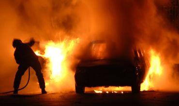 Полиция выясняет обстоятельства возгорания автомобиля в Вулканештах.