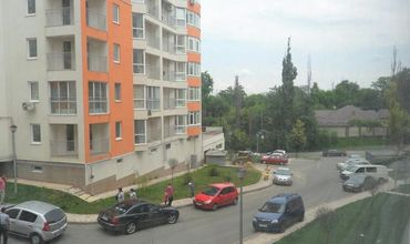 Арест на квартиру Молдавская улица раздел имущества Генерала Лохматикова улица