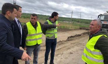 Габурич выдвинул ультиматум компании из-за задержки ремонта дороги.