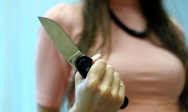 В ходе ссоры 49-летняя женщина схватилась за нож и ударила обидчика.