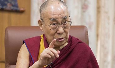 Далай-лама призвал решить проблему глобального потепления.