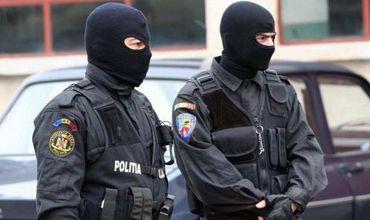 Офицеры Прокуратуры и НЦБК проводят обыски в аэропорту