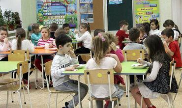 ZdG: По делу о поставках просроченных продуктов в школы и детсады никого не арестовали