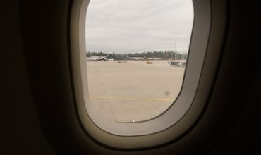 Из-за задержки рейса Кишинев-Рим мужчина потерял сознание в самолете.