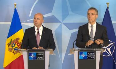 Филип и Столтенберг подписали соглашение об открытии в Кишиневе офиса НАТО.